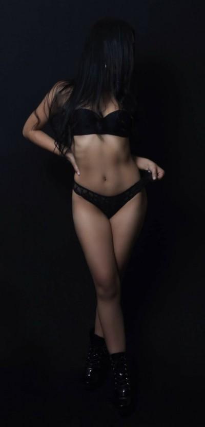 soy-una-munequita-que-le-encanta-el-sexo-oral-3118875624